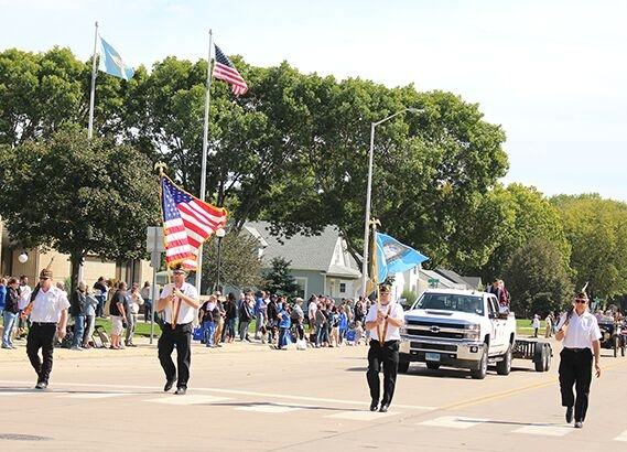 Color-guard-at-courthouse.9427.png