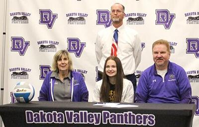 Wilshire signs for volleyball