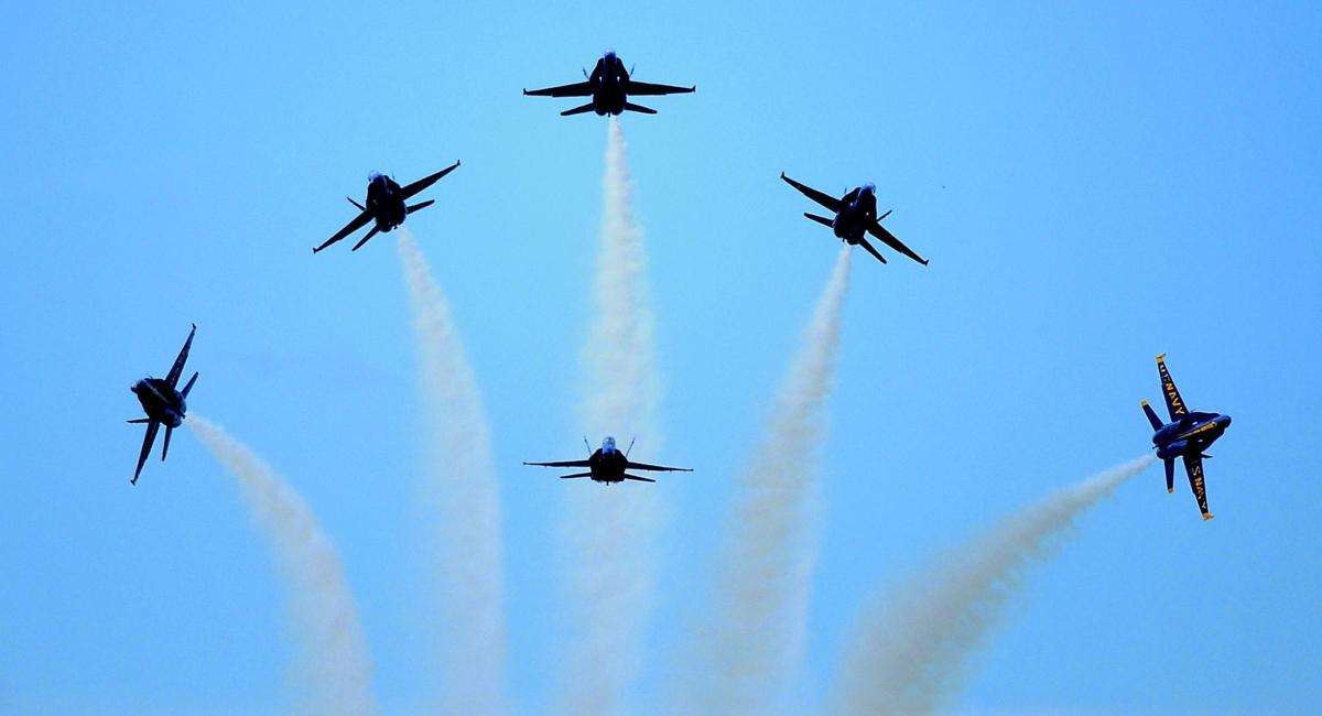 dr_NEW_AirShow86a_091308 14357149-94026