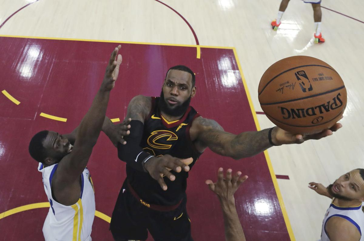 NBA Free Agency James Basketball-1