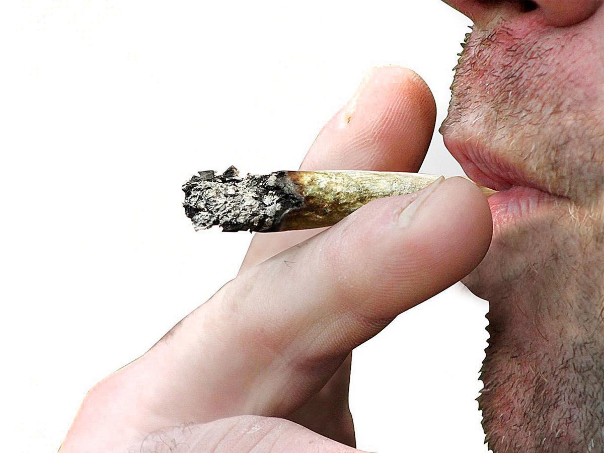 022419_con_marijuana_2
