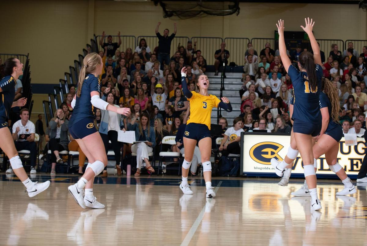 UW-Eau Claire volleyball