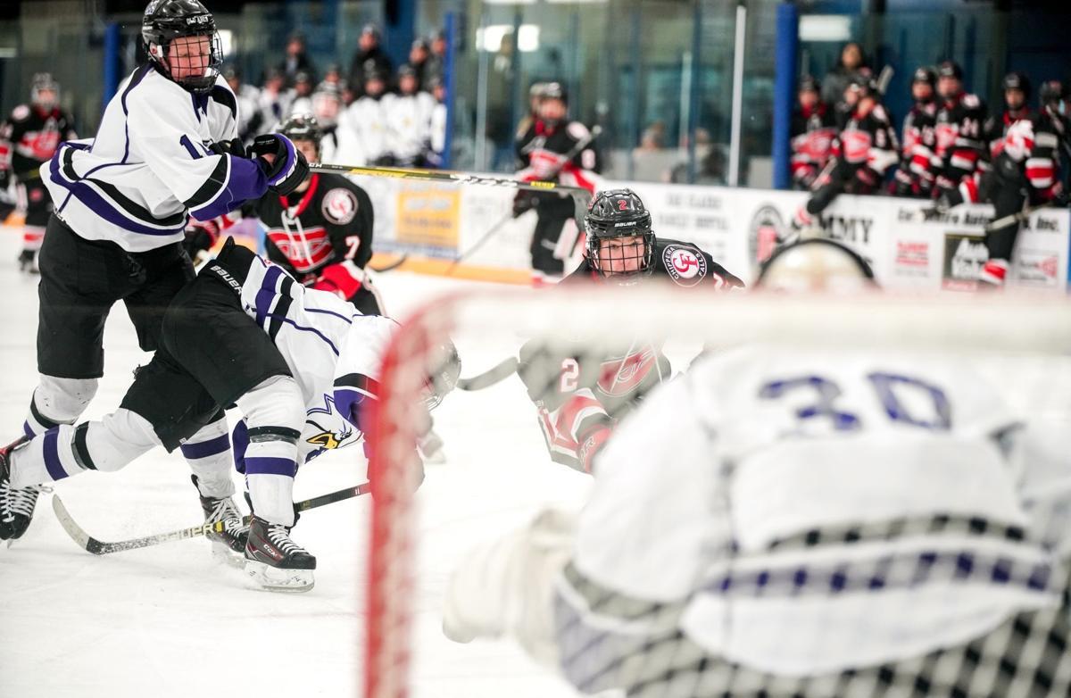 Chippewa Memorial hockey