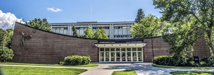 Legislators support motion to include UW-EC science hall in budget