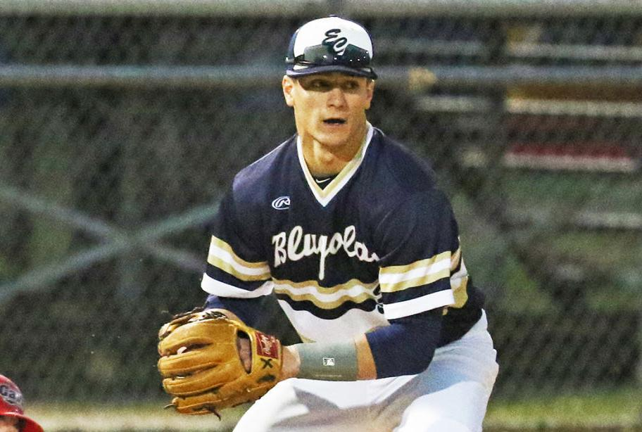 Blugolds club baseball players can't give up the sport