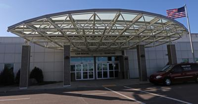 011019_dr_airport_10a