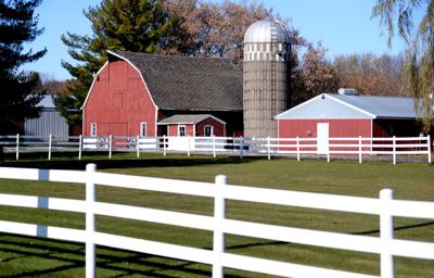 Barns & fences