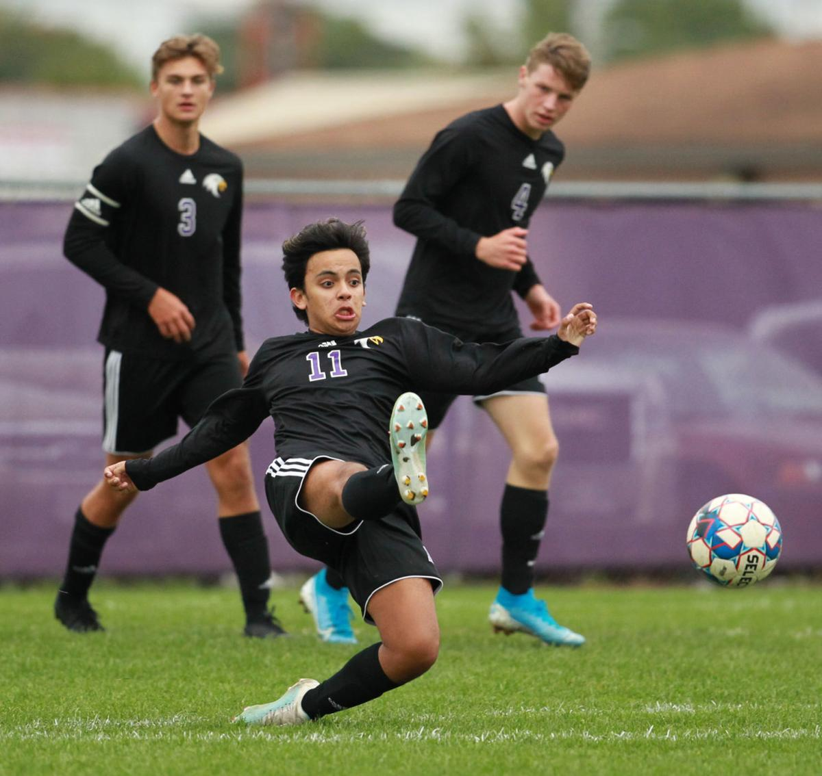 Boys Soccer River Falls at Memorial