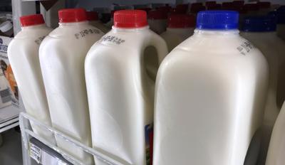 11072018_tct_bw_milk_gallons