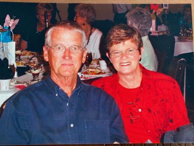 Holtz, Gerald & Dianne.jpg