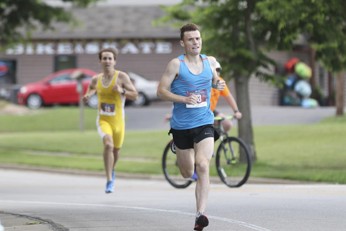Water Street Mile: Vodacek sets new record, Perkins takes female title