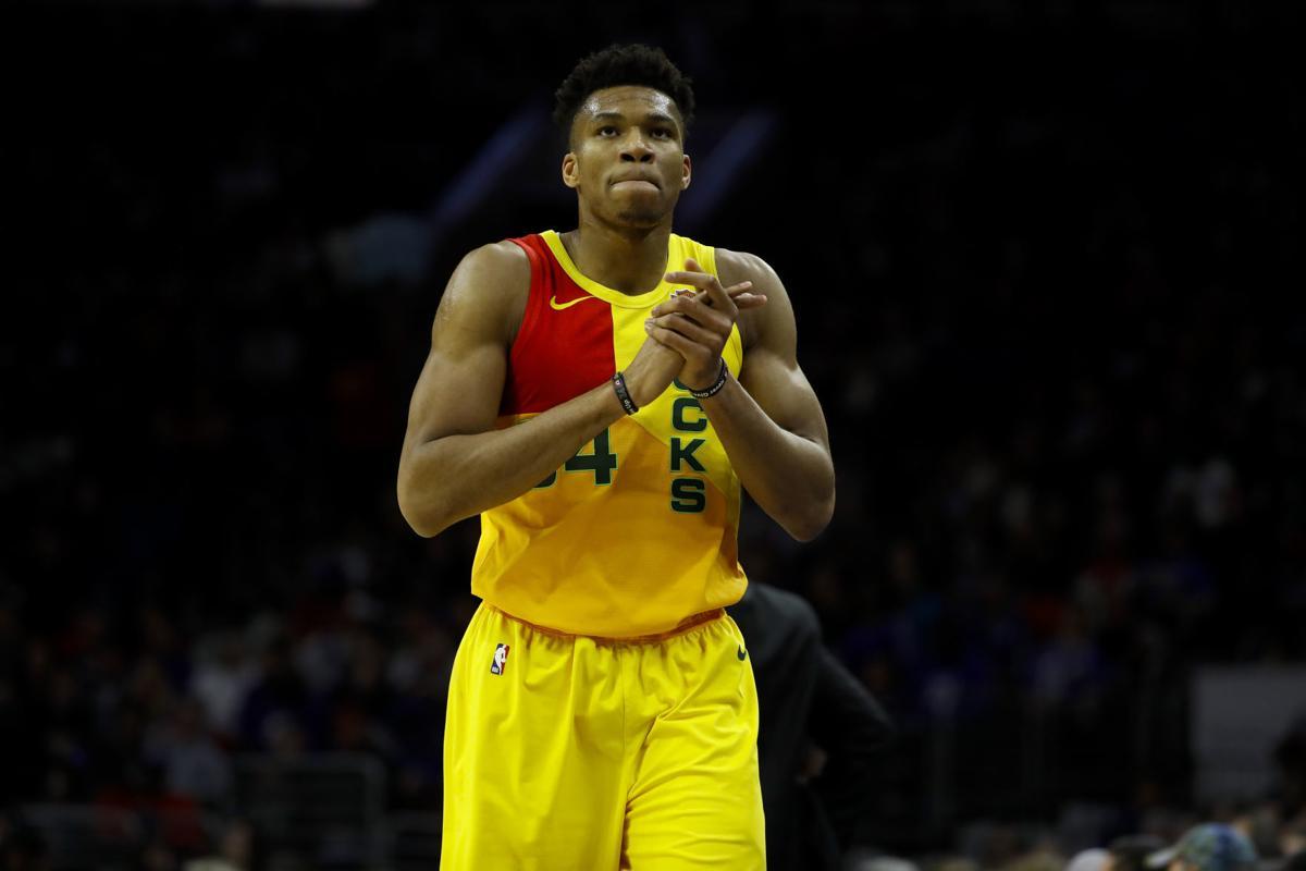 Bucks 76ers Basketball