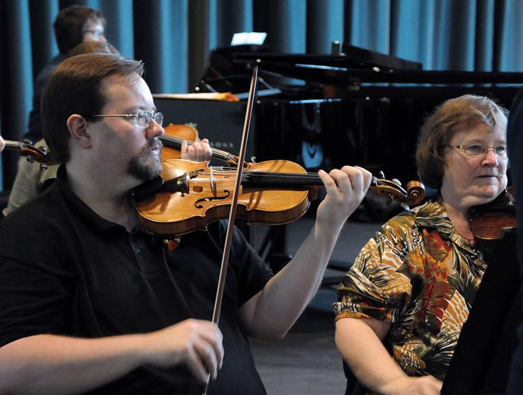 Chamber orchestra, writers guild present family concert