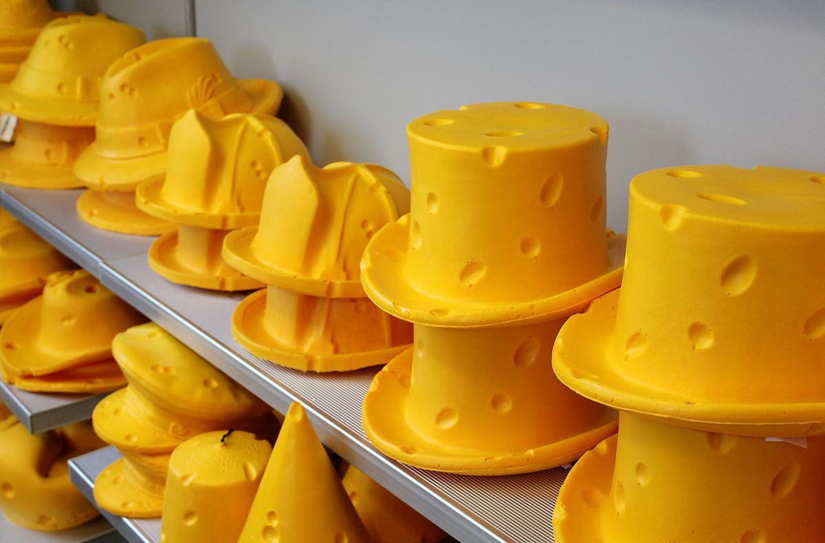 091519_con_cheeseheads_1
