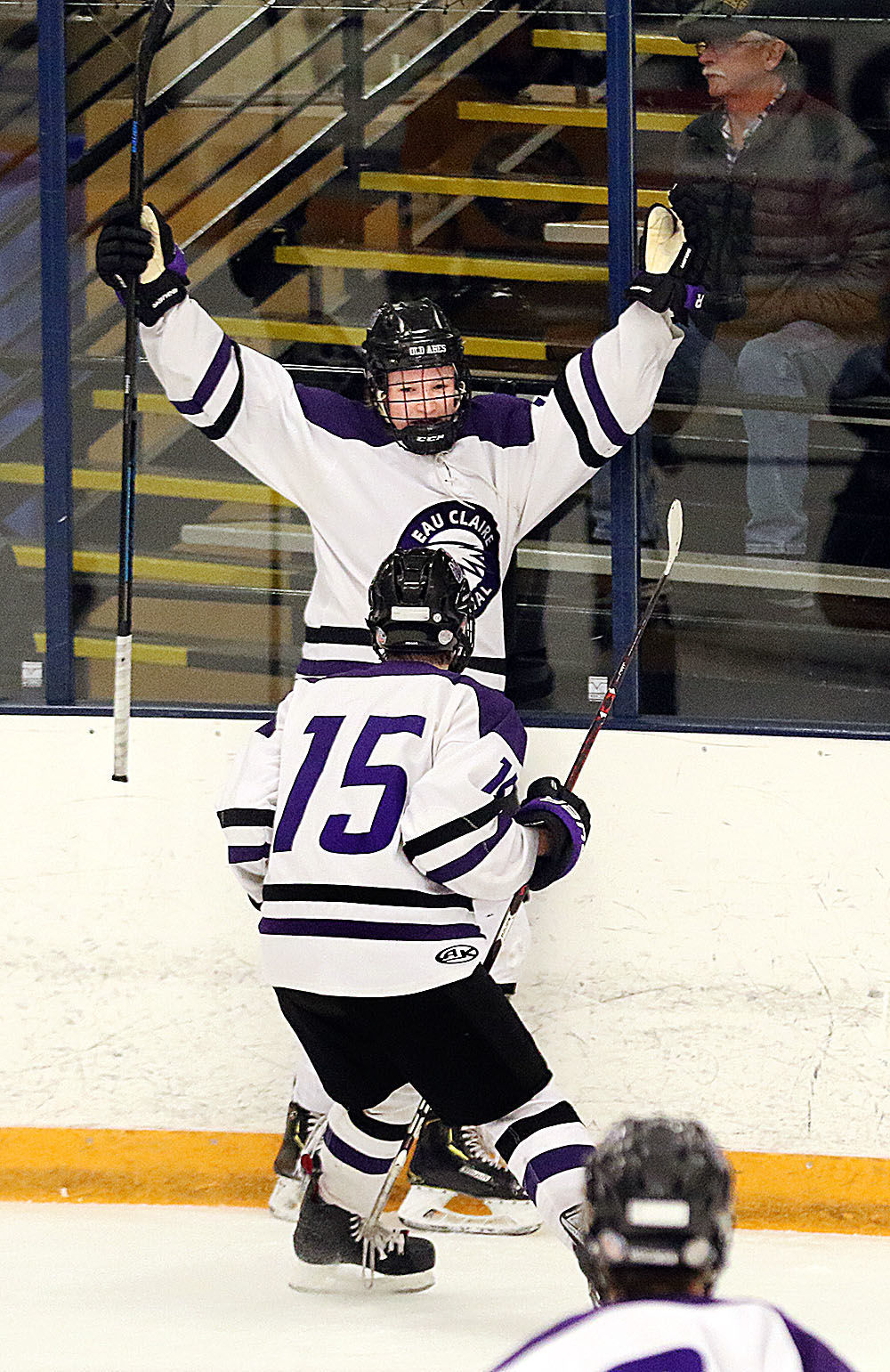 113019_sk_abes_wwest_hky_12a