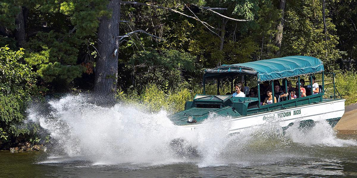 Tragic Fishing Accident In Lake Geneva >> Variety Of Boat Tours Are Available On Several Of Wisconsin S Rivers