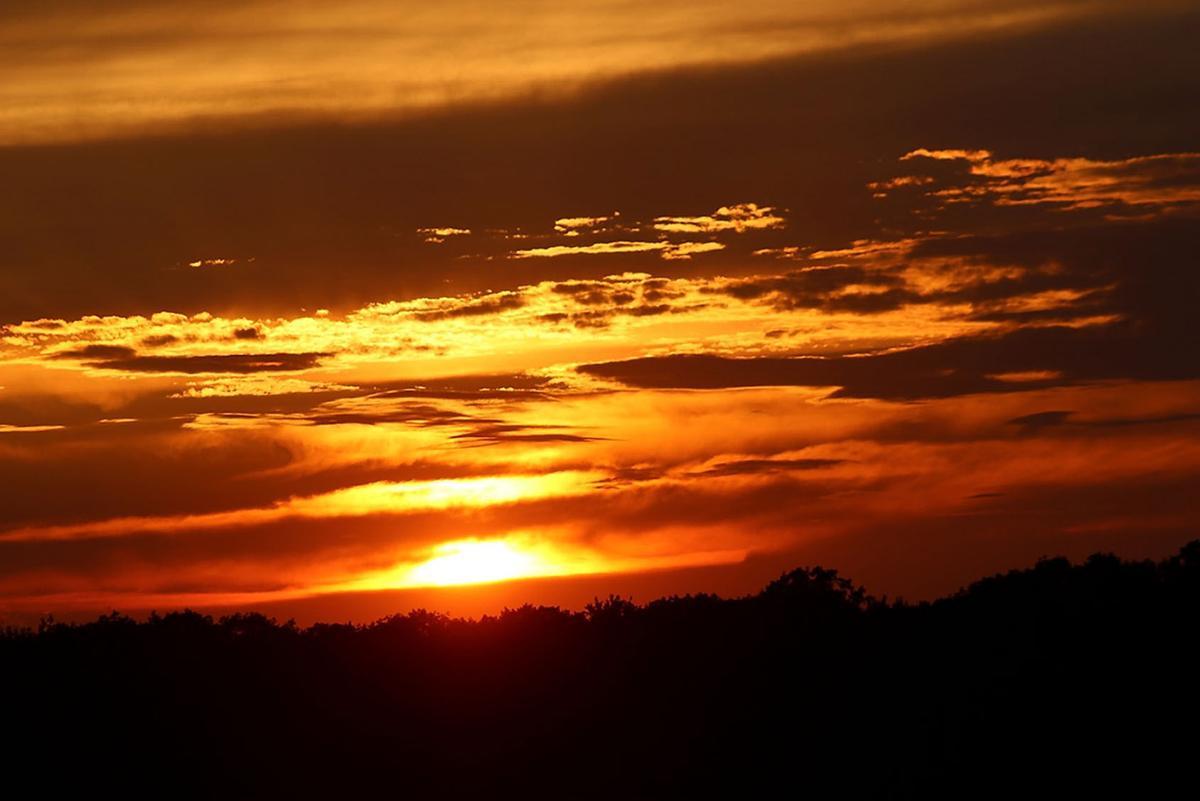 071219_con_sunset