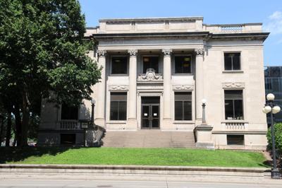 Eau Claire City Hall Horizontal