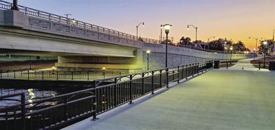 Wolf River bridge built by Lunda Construction Co.