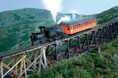 7 Memorable Train Trips That Are Perfect For Families