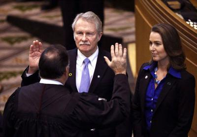 Former Oregon governor cleared in influence-peddling case (copy)
