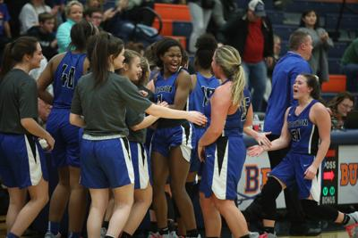 Devilettes rally into tie for 9-AAA lead