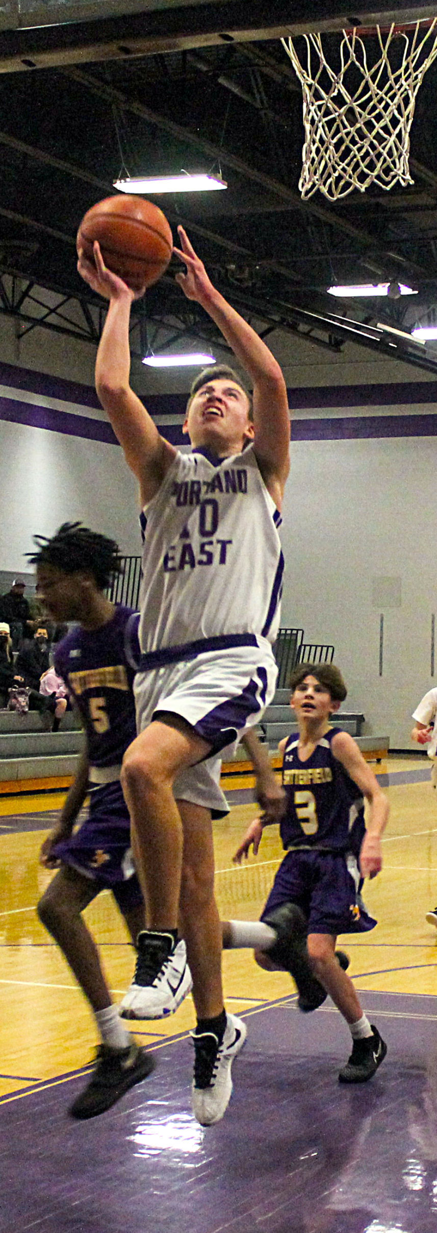 PEMS HOOPS ROUND-UP PHOTO 1