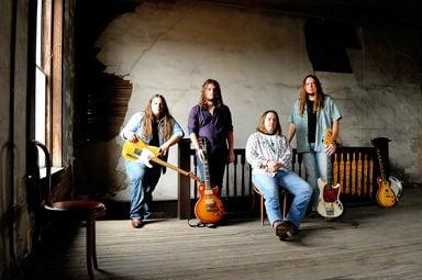 Alternative rockers to make Tupelo stop