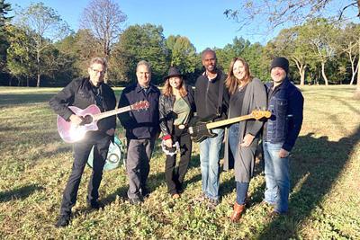 Singer, songwriter combo propels Heathcote Hill