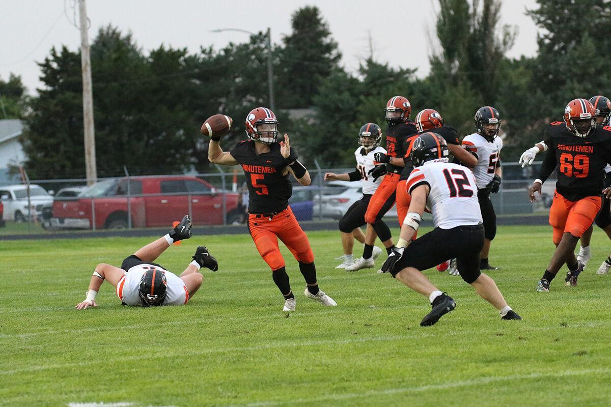 Orange vs. Orange: Minutemen football falls to Beatrice