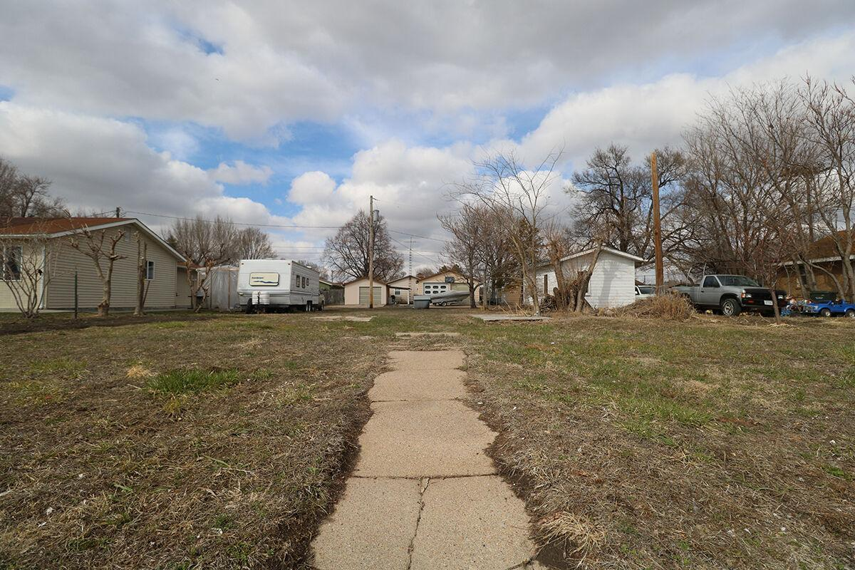 City of Lexington approves sale of vacant 50 foot lot on 3rd St.