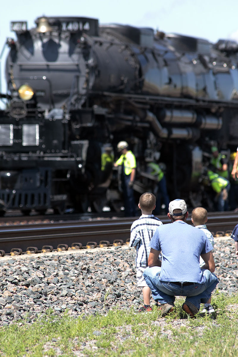 World's largest, most powerful steam locomotive visits Lexington