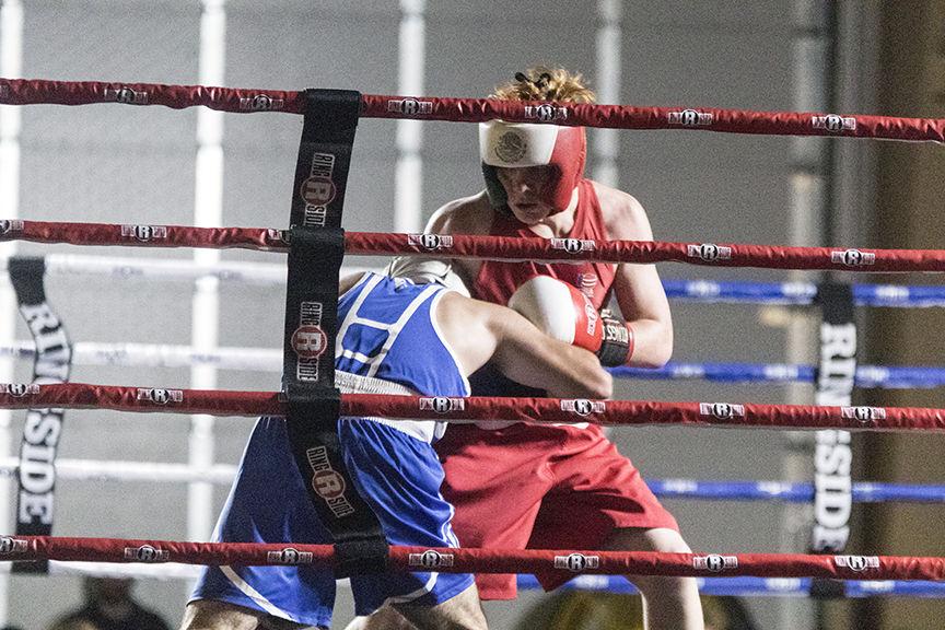 Lexington fighter earns win in Kearney