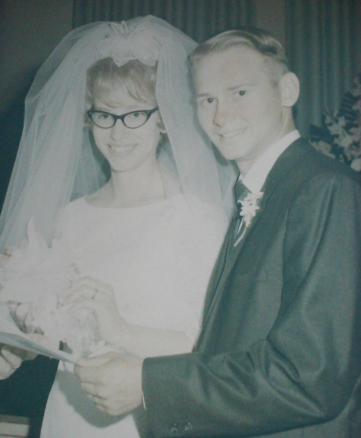 Renkens celebrating 50th wedding anniversary Old photo