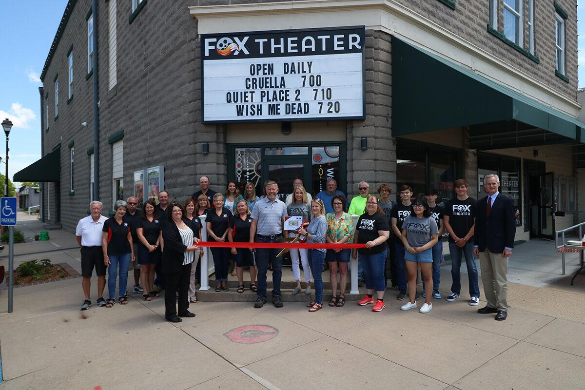 Fox Theater holds ribbon cutting ceremony with the Cozad Chamber of Commerce, Lt. Governor