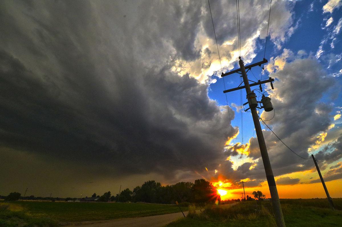 Severe storm approaches Lexington