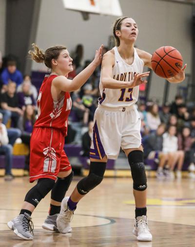 Midland at Doyle girls basketball Sydney Taylor
