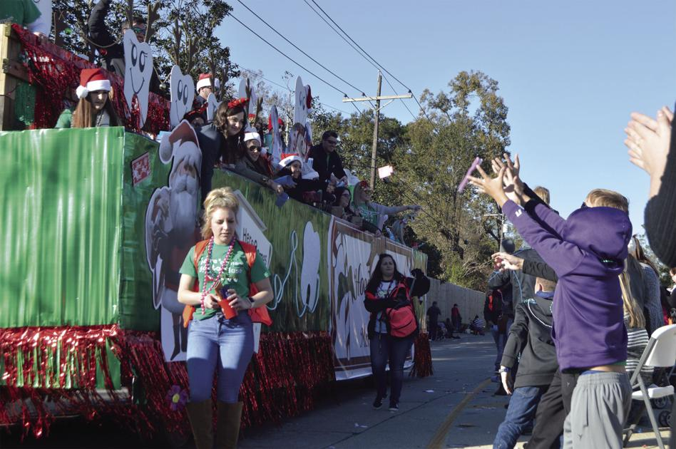 Denham Springs Christmas Parade 2021 Forecasts Of Continuous Thunderstorms Saturday Forces Cancellation Of Kiwanis Club S Christmas Parade Breaking News Livingstonparishnews Com