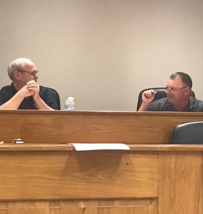 Livingston board members discuss zoning