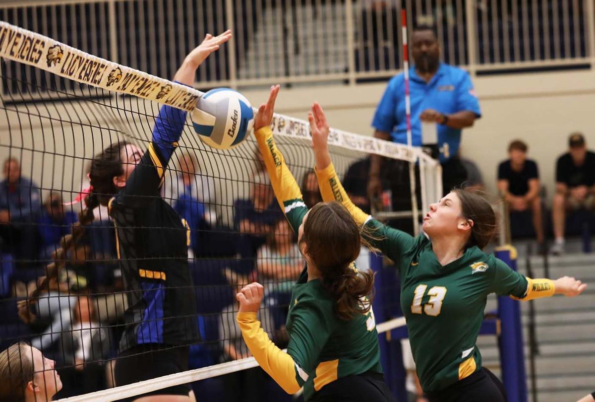 Walker vs Live Oak volleyball 10-04-21