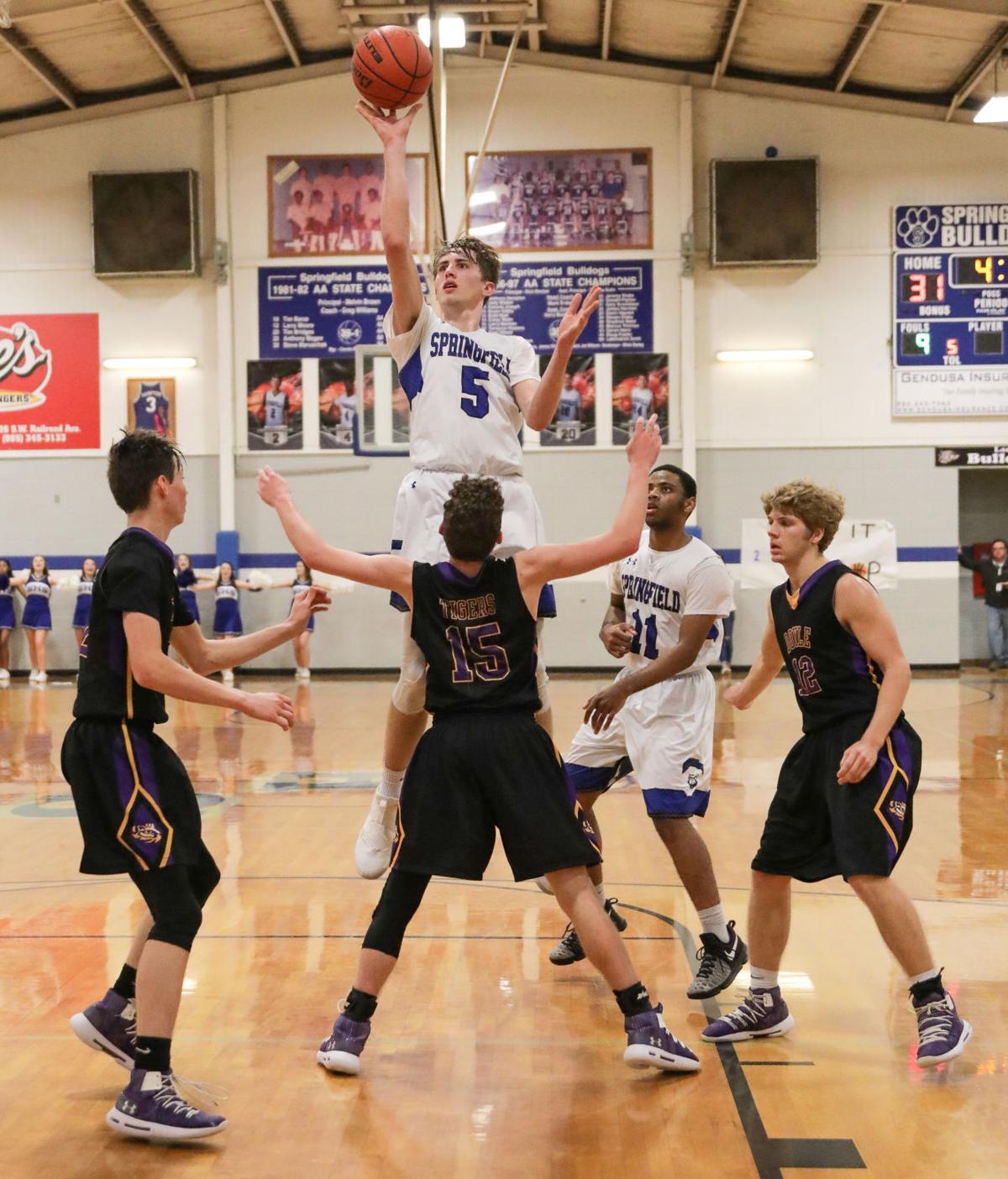Doyle at Springsfield boys basketball Collin Hayden Landon Wolfe
