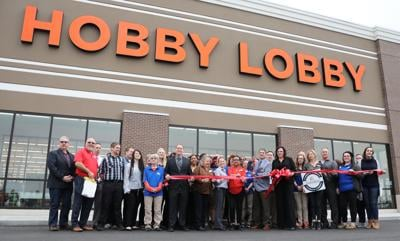 Chamber hosts Hobby Lobby (Juban) ribbon cutting