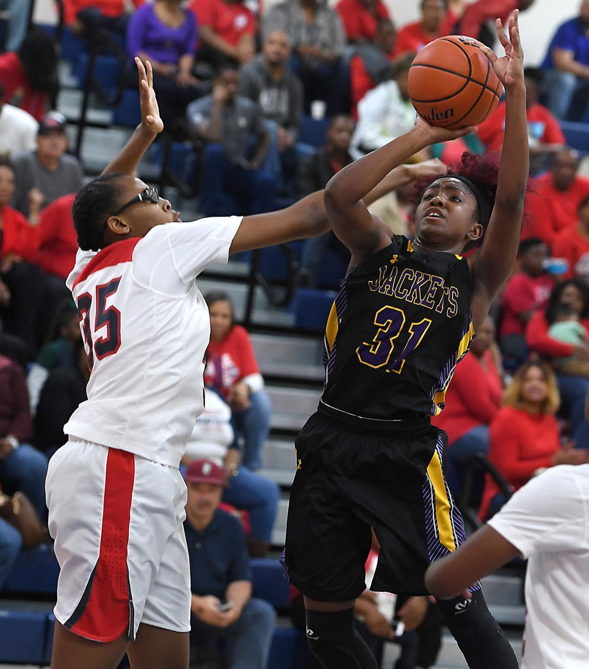 DSHS girls basketball vs. Lee High: Alexius Horne (31)
