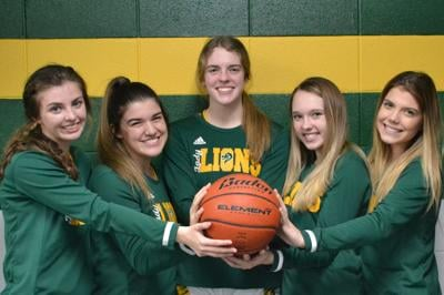 French Settlement girls basketball seniors