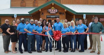Texas Roadhouse Ribbon Cutting