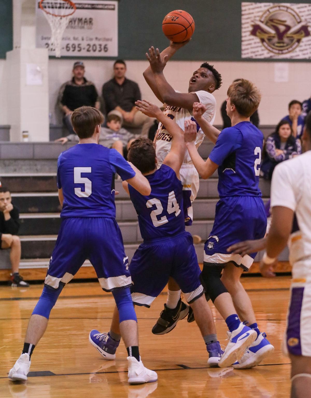 Springfield vs DSHS B basketball Xavier Miles