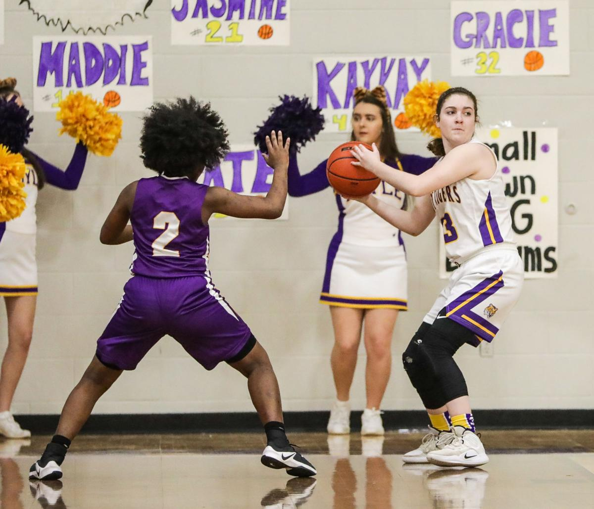 Jeanerette at Doyle girls basketball Claire Glascock