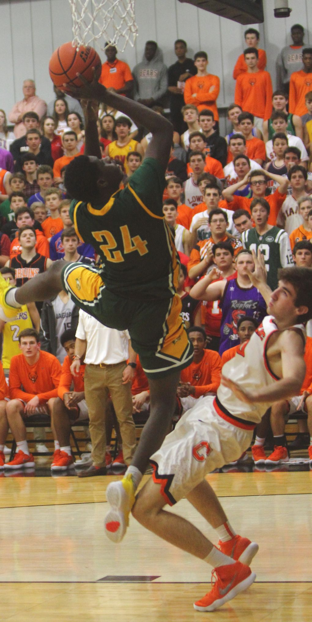 Walker & Catholic boys basketball Jalen Perkins