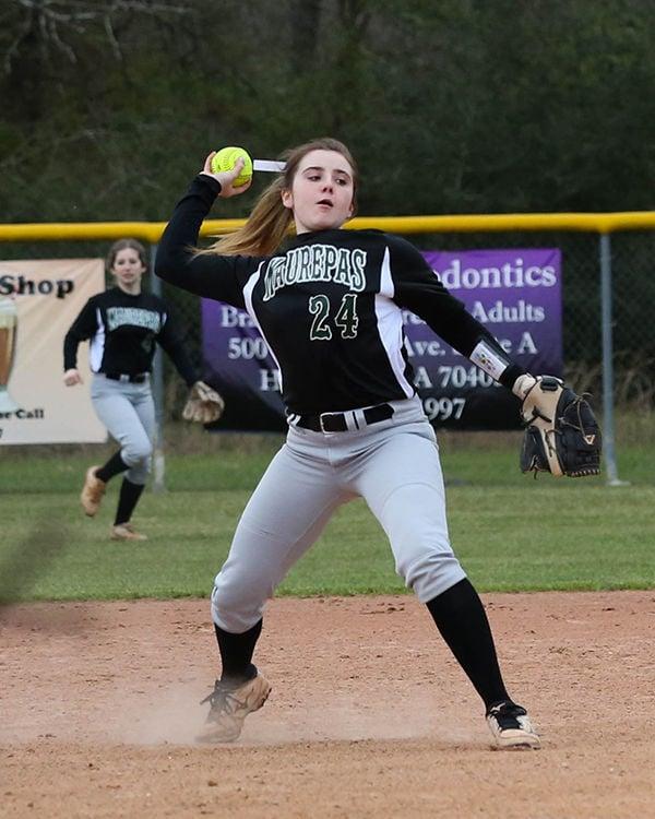 Holden vs Maurepas Softball Emma Gautreau (24)