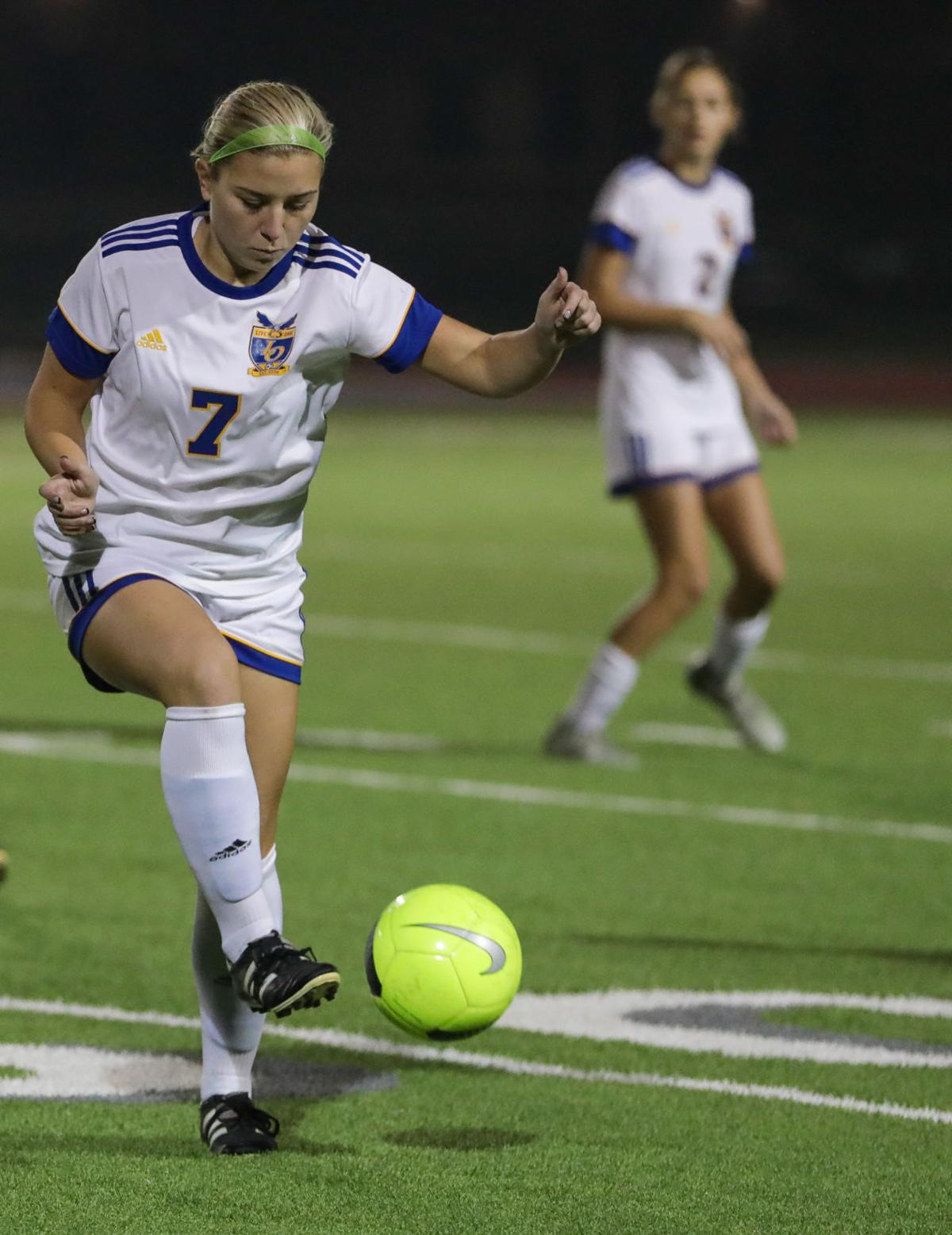 Live Oak at Walker girls soccer Alicia Carlos